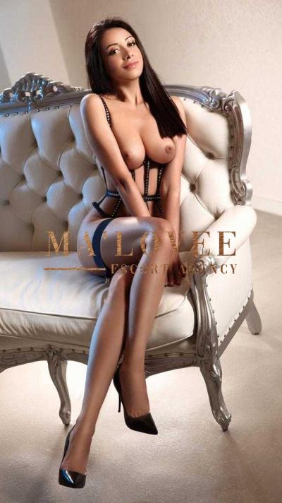 Kim Profile Pic, Ma'Lovee Escort